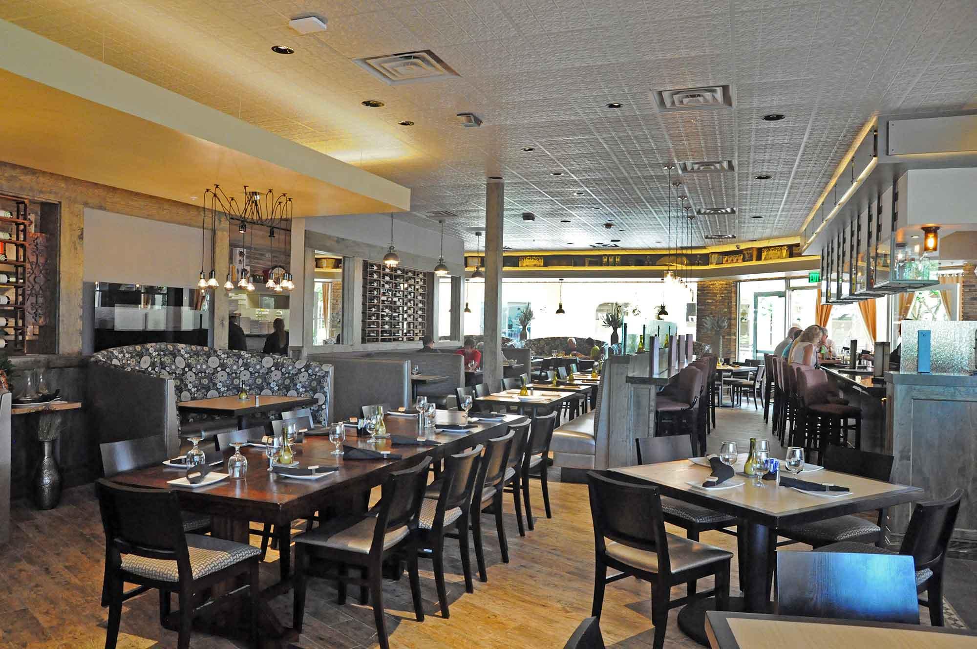 Deromo S Gourmet Market Amp Restaurants Gcm Contracting